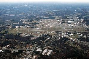 Donaldson Center Airport - Image: KGYH Donaldson Center 001