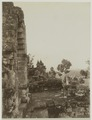 KITLV 19637 - Kassian Céphas - The third gallery on the west side of the Borobudur - Around 1890.tif