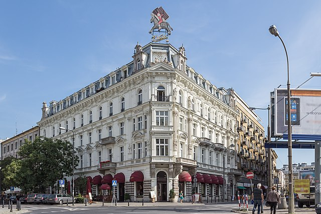 > La chocolaterie Wedel à Varsovie avec son célèbre neon représentant un zèbre.