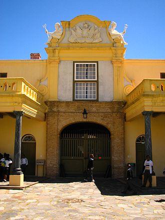 Castle of Good Hope - Image: Kasteel van Goede Hoop binnenkant hoofdingang