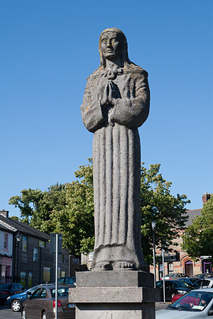 Gibbet Rath executions - The statue of Saint Brigid at the Market Square of Kildare is dedicated to the memory of the victims at Gibbet Rath