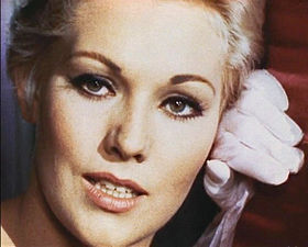 Kim Novak-Pal Joey 3.jpg