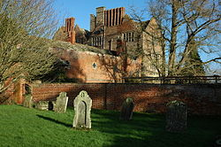 Kinnersley Castle.jpg