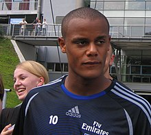 e8707951655 Kompany als speler van HSV (2006).