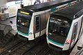 La Muette (métro Paris) avec MF 2000 par Cramos.JPG