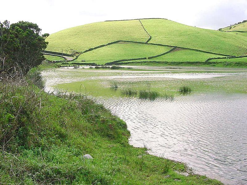 Ficheiro:Lagoa ginjal1.jpg