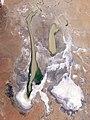 Lake Eyre Filling Peaks.jpg