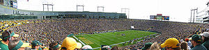 2004 Green Bay Packers season - Panorama of Lambeau Field during the week 4 game between Green Bay and the New York Giants, October 3, 2004