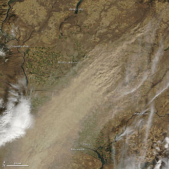 Washington (state) - Dryland farming caused a large dust storm in arid parts of eastern Washington on October 4, 2009. Courtesy: NASA/GSFC, MODIS Rapid Response.