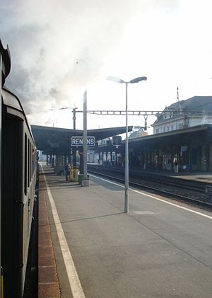 Renens CFF station - Image: Lausanne Genf 7