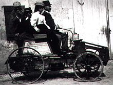 Jean Joseph Étienne Lenoir y su vehículo motor