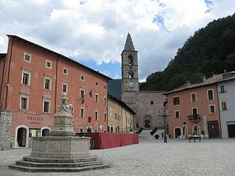 Leonessa - Town square