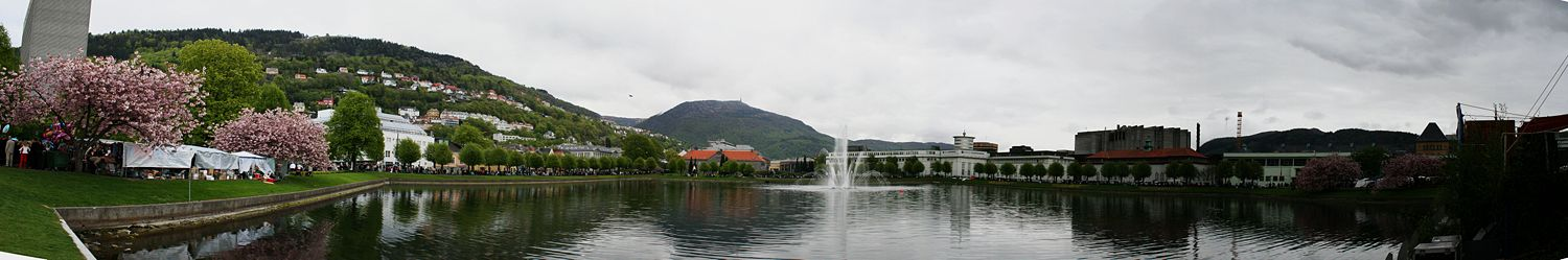 "The ""Lille Lungegaardsvann"" in the city of Bergen, Norway"