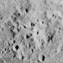 Louville crater 4158 h2.jpg