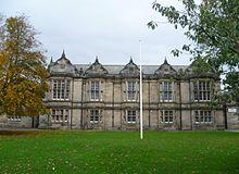 Madras College - Wikipedia