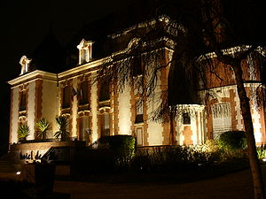 Villiers-sur-Orge - The town hall in Villiers-sur-Orge