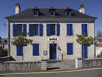 Adé, Hautes-Pyrénées - The town hall of Adé.