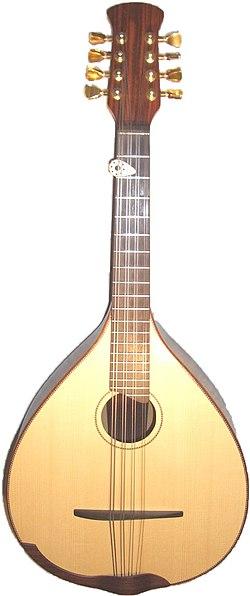 definition of mandola