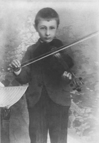 Bohuslav Martinů - Martinů as a child playing the violin (c. 1896)