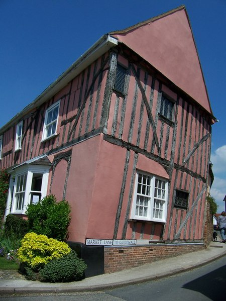 File:Mediaeval house on the corner of High Street and Market Lane, Lavenham. - geograph.org.uk - 837461.jpg