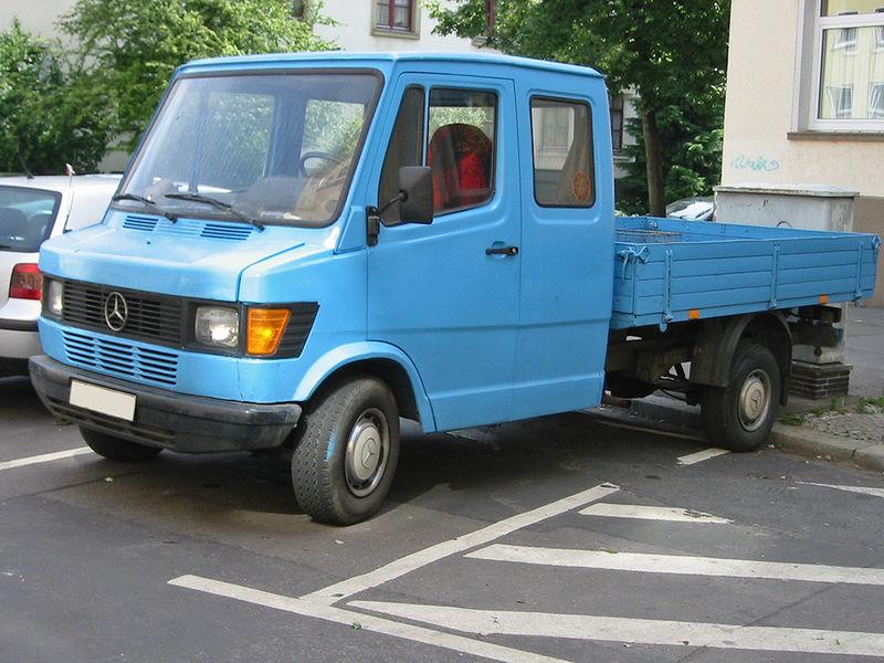 Datei:Mercedes t1 doka sst.jpg