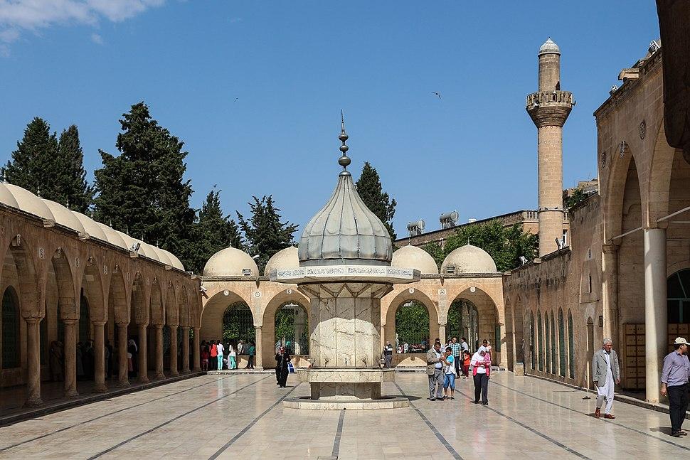 Mevlid-i Halil Mosque 08