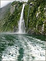 Milford Sound (Stirling falls) (8171070614).jpg