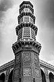 Minaret at Jahangir tomb.jpg