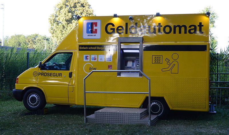 Datei:Mobiler Geldautomat.jpg