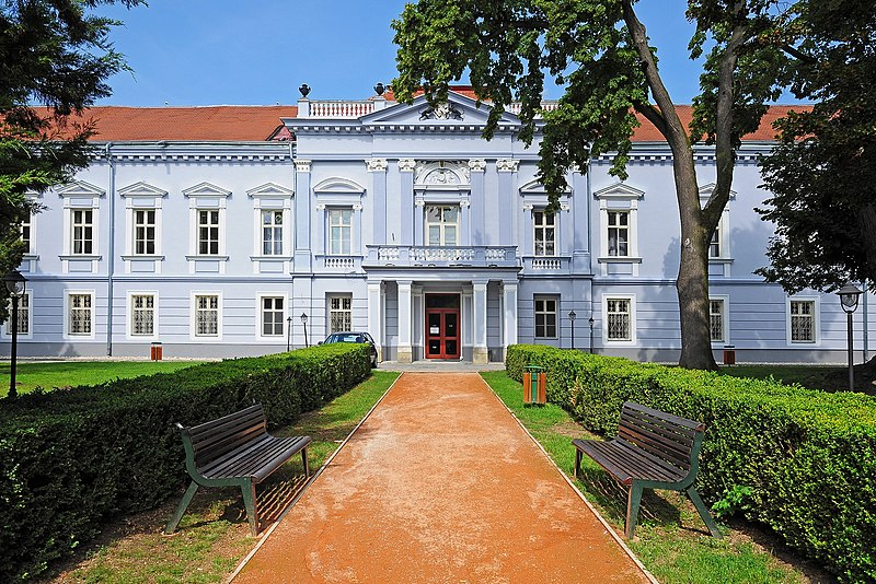 Датотека:Mojmírovce, kaštieľ, Slovensko.jpg
