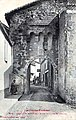 Monléon-Magnoac Carte postale de la Porte fortifiée.jpg