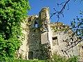 Montépilloy (60), vestiges du logis du château, à l'est.jpg