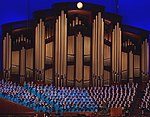 Mormon Tabernacle Choir and Organ (cropped).jpg