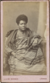 Mulher angolana, c. 1880 - Cunha Moraes (Research Center for Material Culture).png