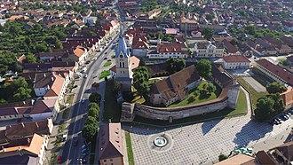 Brașov County - Image: Muzeul Traditiilor si Biserica fortificata din Codlea