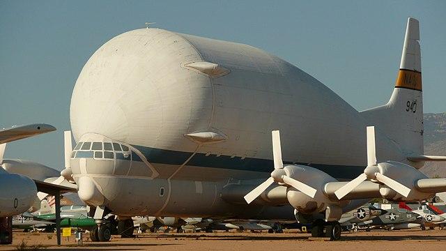 https://upload.wikimedia.org/wikipedia/commons/thumb/c/c7/NASA_N940_Super_Guppy_model_B377SG.jpg/640px-NASA_N940_Super_Guppy_model_B377SG.jpg