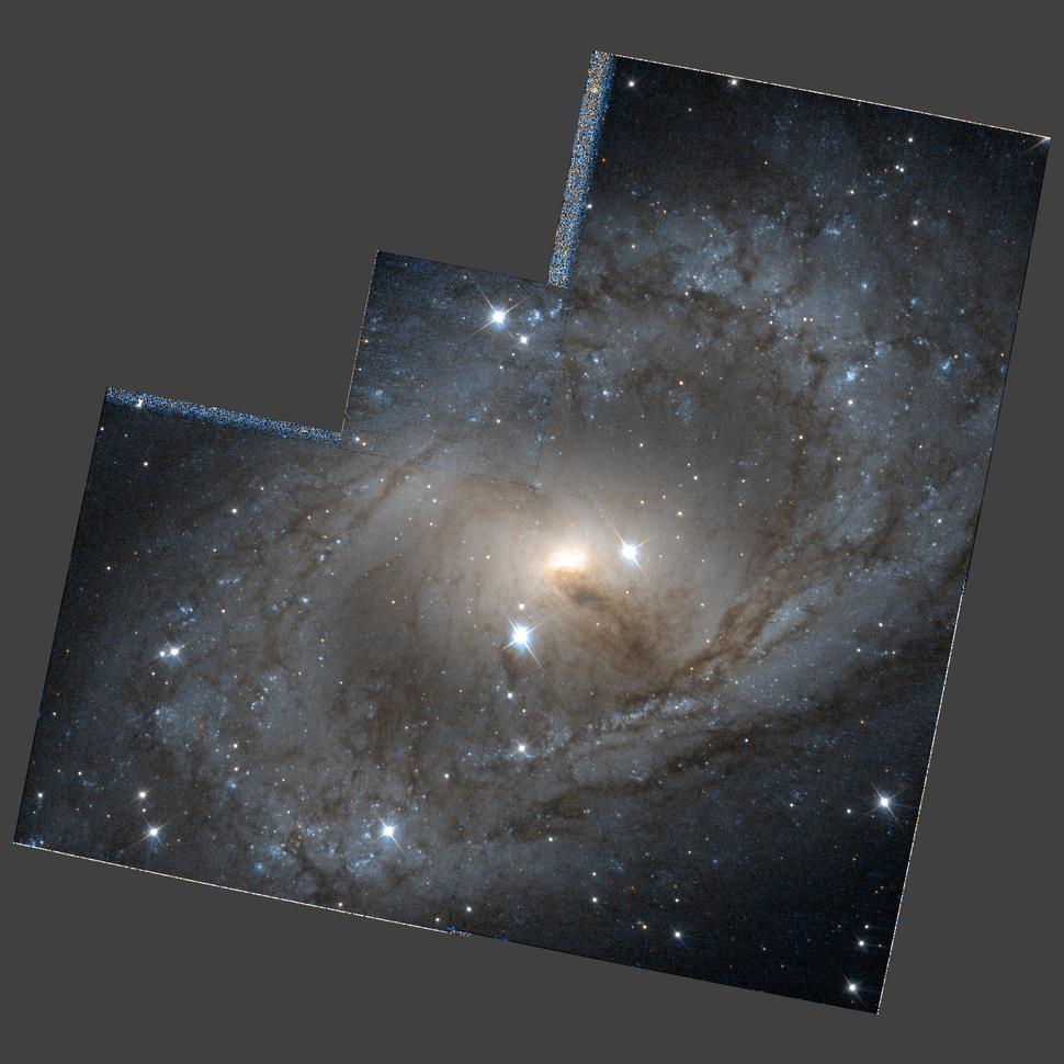 NGC 6300 hst 09042 R814B450