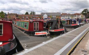 Narrow Boats at Stratford On Avon Warwickshire - Flickr - mick - Lumix.jpg