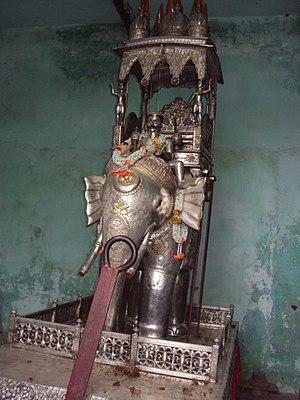 Nashipur Akhara - Image: Nashipur Akhara 's A Silver ratha
