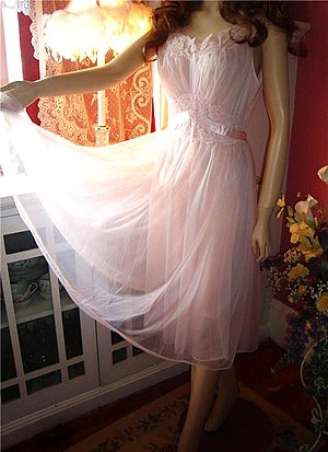 Negligee - A négligée on a mannequin