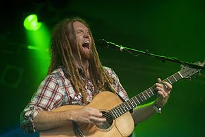 Newton Faulkner - Faulkner performing in Cambridge in July, 2011