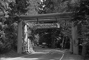 English: Nisqually Entrance, Mount Rainier Nat...