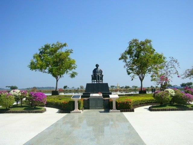 Nong Han near Sakon Nakhon, Thailand - Statue