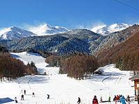 東山腹の乗鞍高原にあるスキー場