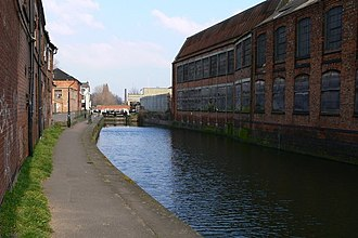 Frog Island, Leicester - Factories by the canal, seen from Frog Island