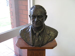 David Brand - David Brand statue at Shire of Irwin's chambers in Dongara.