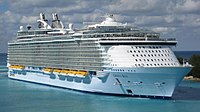 Oasis of the Seas (cropped).jpg
