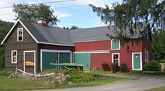 Brookwood Farm - Image: Old Barn at Brookwood Farm MA 04