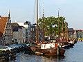 Old ship harbor, Leiden (9037035436).jpg