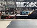 On platform of Glasgow Central Station 05.jpg